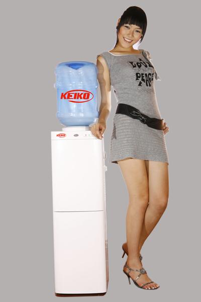 Máy nước uống nóng lạnh văn phòng