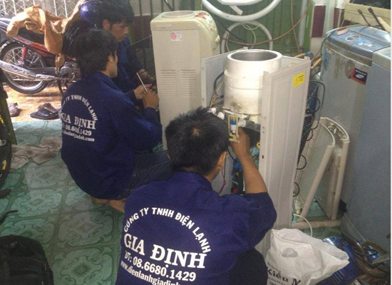 Sửa máy nước uống nóng lạnh văn phòng